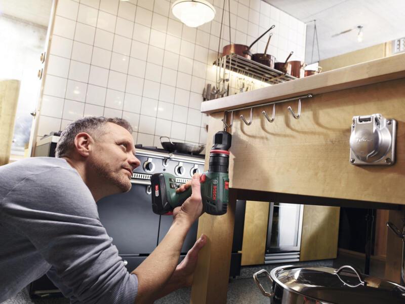 Bosch AdvancedImpact 18 QuickSnap perceuse à percussion 18V Li-Ion + accessoires