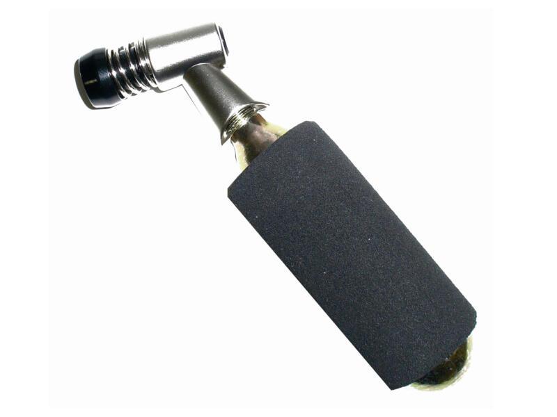 Maxxus CO²-adapter + 2 patronen 16g