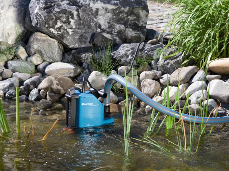Gardena Comfort 13000 pompe vide-cave avec aquasensor 680W eau chargée
