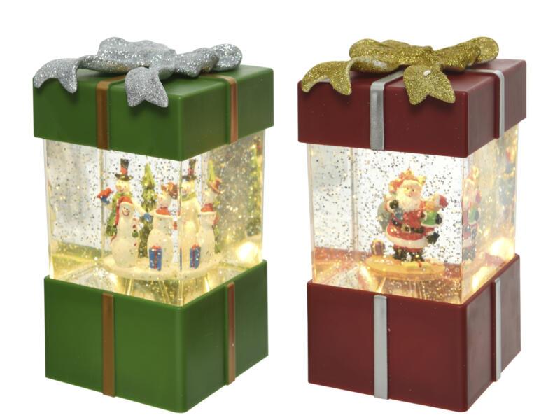 Décoration LED cadeau scène de Noël lumineuse 18cm disponible en 2 couleurs