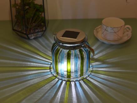 Lanterne solaire de jardin LED