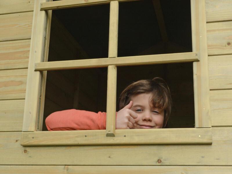 Gardenas Louise cabane enfant sur pilotis