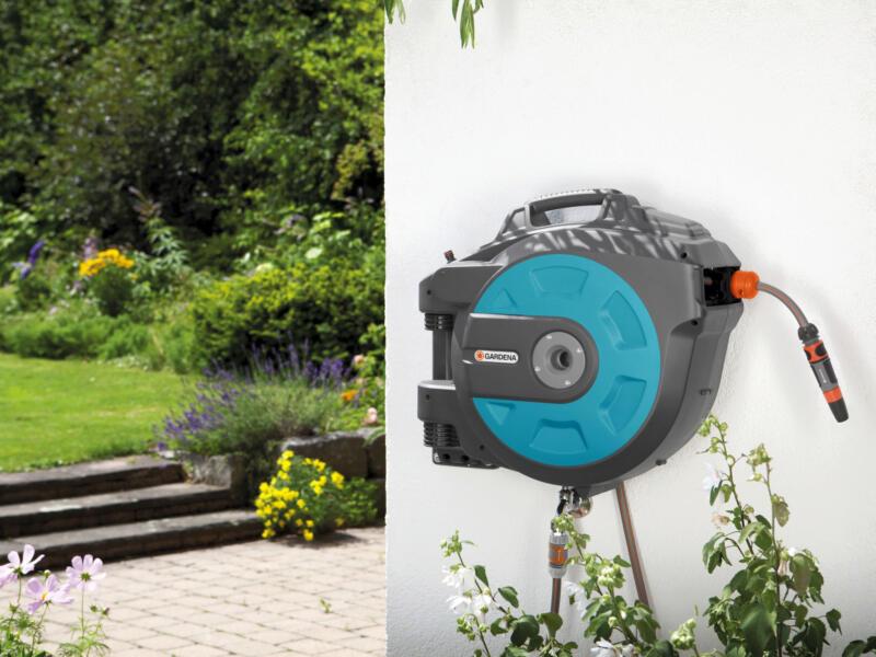 Gardena Roll-Up muurhaspel met tuinslang 25m automatisch