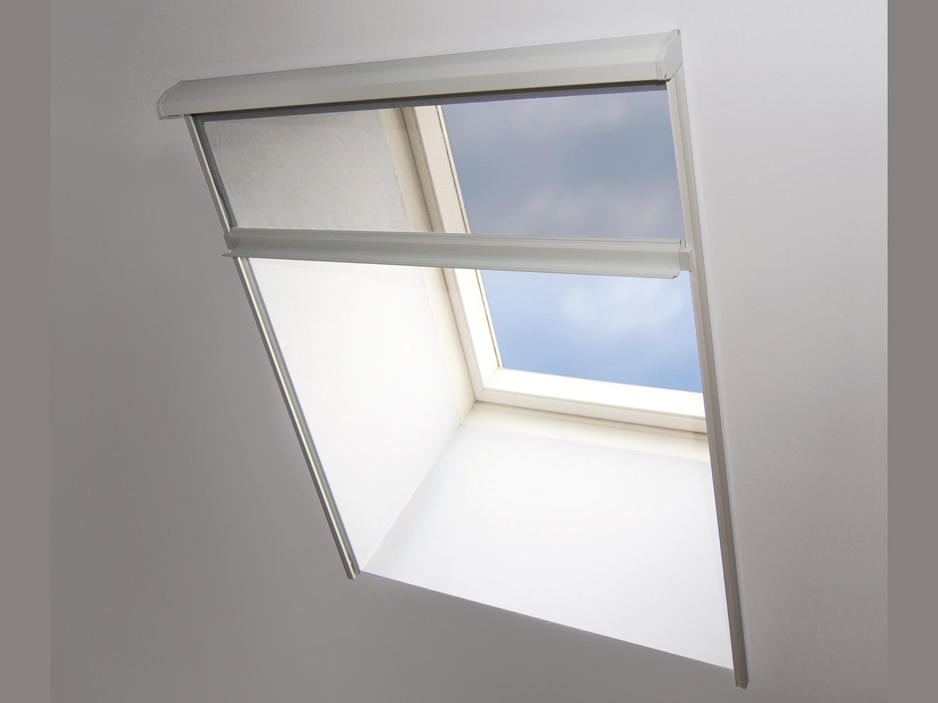 Bruynzeel S700 Store Moustiquaire Fenêtre De Toit 114x155 Cm