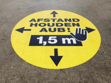 Social Distance vloersticker afstand houden aub! 1,5m 43cm 5 stuks