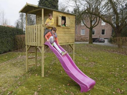 Gardenas Victor cabane enfant sur pilotis