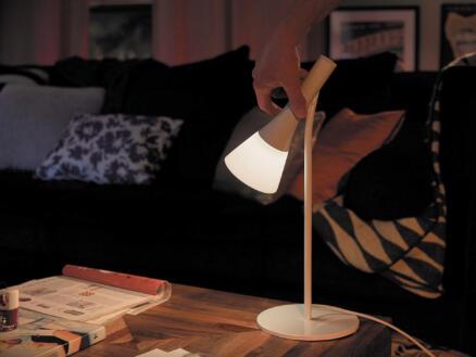 Philips Hue White Ambiance Explore tafellamp E14 6W dimbaar + dimmer wit
