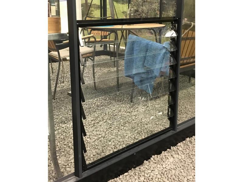 Juliana fenêtre à louvres 70x65 cm 8 lamelles