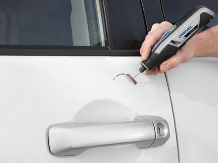 Dremel système outil multi-usage 7760JA (Dremel Lite, modèle 7760-15 + 15 acc. + câble USB et adaptateur + guide de démarrage rapide + guide d'accessoires)